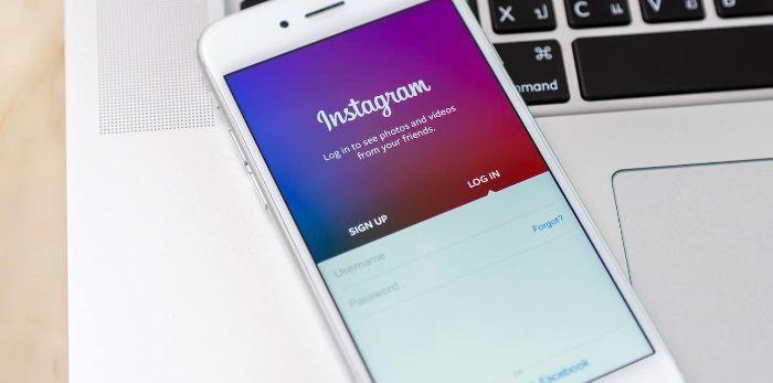 Tiến hành đăng nhập vào Instagram