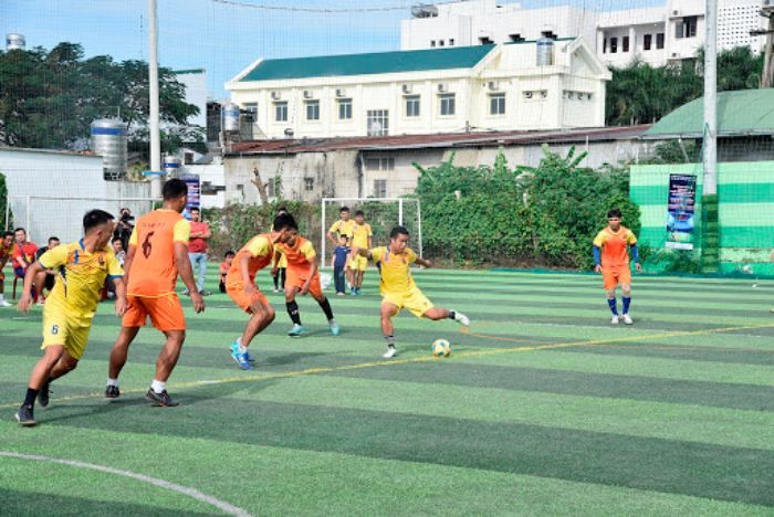 Luật thi đấu bóng đá 5 người về hành vi trên sân